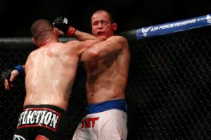 Cain Velasquez vs Junior Dos Santos
