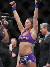 MMA: UFC TUF 17 Finale-Tate vs Zingano